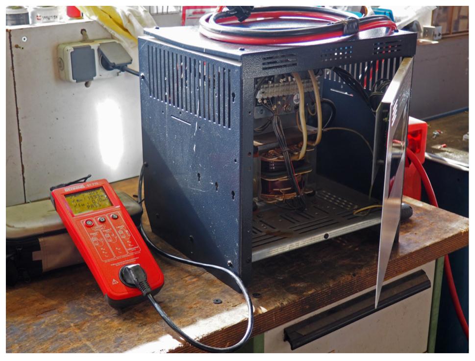 Elektrische Prüfung Ladegerät